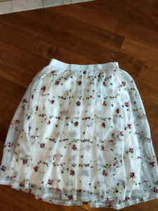Floral Skirt size M
