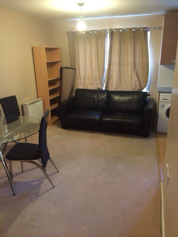 2 BEDROOM PURPOSE BUILT GROUND FLOOR FLAT IN CHADWELL HEATH