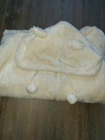 Fluffy pyjamas suit 10-12