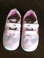 Never worn! Geox Respira leather light up shoes! Size 7-8