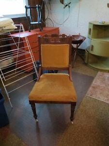 Chaise d'appoint de style Eastlake