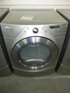 WHIRLPOOL.  Set Washer and Dryer.