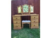 Solid waxed pine dressing comes with triple mirror and stool