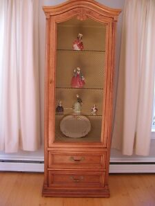 China Display Cabinet-Henredon-Solid Oak Dove tail drawers