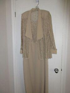 robe longue 2 mcx pour mère marié(e) beige or grande qualité