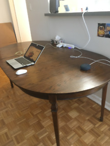 Selling wood expandable dining table