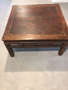 TABLE ANTIQUE CHINOISE