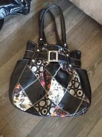 Great quality purses!!