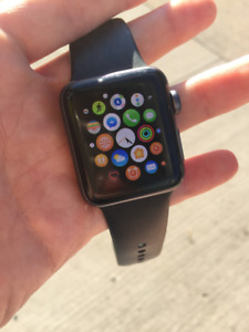 Apple Watch 38mm Series 3 WIFI and complete APPLE CARE !