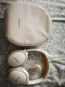 Bose SoundLink II Over-Ear Wireless Headphones with Mic - White
