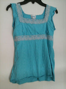 Beautiful LSG blue top size M for Girls
