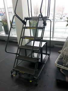 Ballymore rolling steel safety ladder