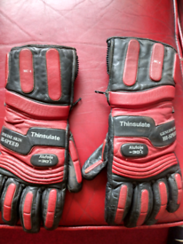 Motorcycle gloves thinsulate