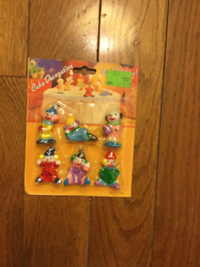 CLOWN CAKE DECORATIONS NEW IN PACKAGES
