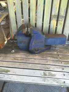 """10"""" bench vise barely used."""