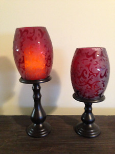 Cranberry flame candles
