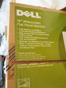 "DELL 19"" WIDESCREEN MONITOR Kitchener / Waterloo Kitchener Area image 3"