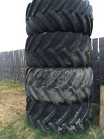 Tractor and combine tires