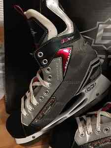Easton Stealth 777 IHS Hockey Skates size 12 EE BRAND NEW West Island Greater Montréal image 2