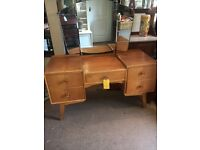 Light Oak Dressing Table / Drawers with 3 Way Mirror - CAN DELIVER