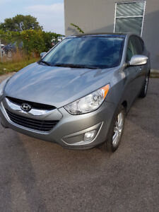 REDUCED - 2011 Hyundai Tucson Limited SUV, Crossover