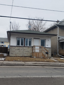 3 -Bedroom 1 Bath House in Central Oshawa. Newly Renovated!