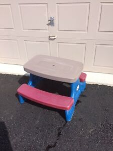 Childs picnic table