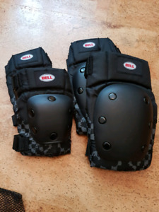 Bell knee and elbow pad set