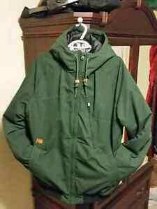 Like new very warm green large Volcom Stone winter jacket.