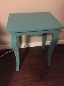 Cute Vintage blue end table