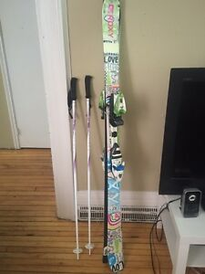 Girls Complete Ski Set Peterborough Peterborough Area image 2