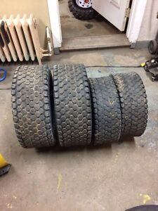 Tractor turf tires for compact tractor