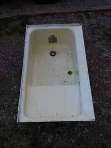 Tub from travel trailer