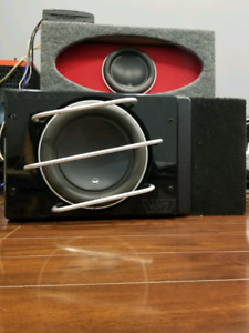 Jl Audio w7 in ported box with baffle and grill