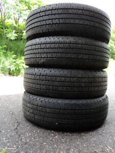 (4) 235/75R17 HANKOOK DYNAPRO ALL WEATHER TIRES