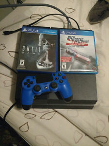 Ps4 with 2 games and controller