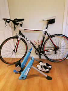 Trek 1.2 in excellent condition with all accessories included