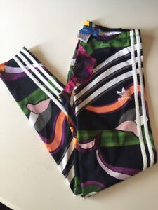 Adidas women's multicoloured workout tights!