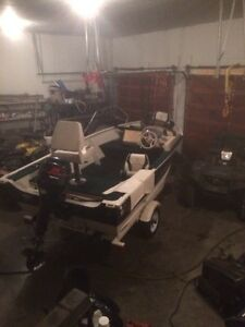 Used 2002 Legend Boats fishing