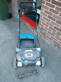 Macallister Scarifier and lawn Rake