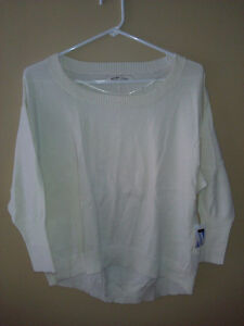 Old Navy women's white cable knit sweater Size Small NWT