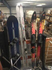 Snowboard, Skii's, Water Skii's