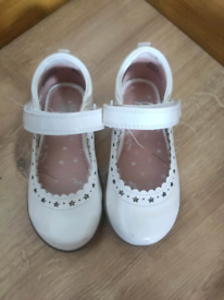 Lovely girl shoes F&F size 7.
