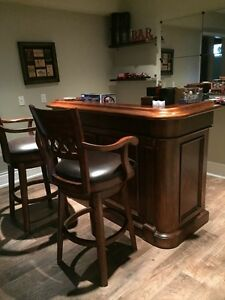 Bar stools find or advertise other furniture items in for Home bar furniture kijiji
