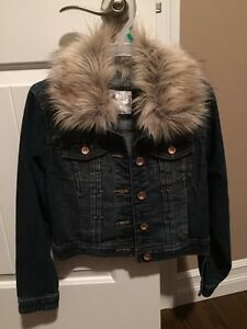 Justice jean jacket with optional fur size 10