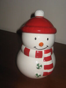 New Hallmark 2012 Red White Snowman 8 Novelty Holiday