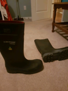 Steel toe dunlop mens rubber boots