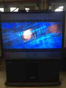 Hitachi 53 inch Projection HDTV