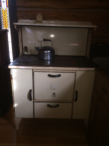 Antique McLary Royal Jubilee Cook Stove