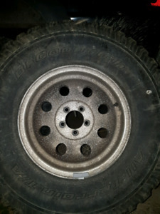 15x8 rims with 32s 5x4.5 bolt jeep or ford ranger